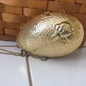 Handbags - Vintage Egg Shaped purse/clutch